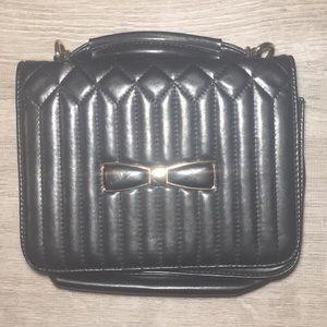 Handbags - Cute black purse with a gold bow